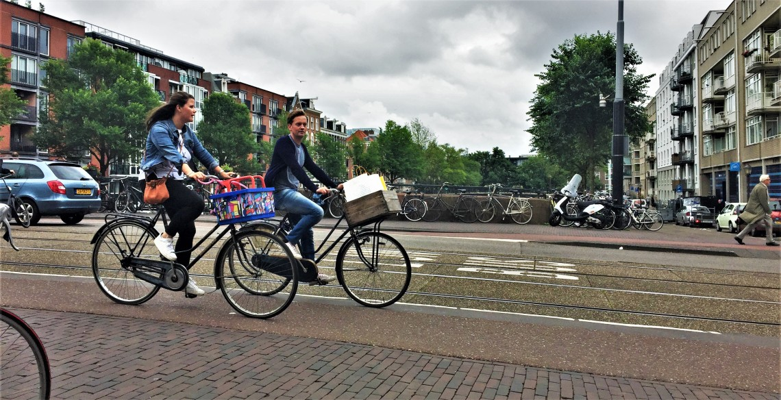 Dutch street cyclists
